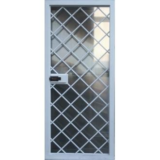 Дверь с решеткой