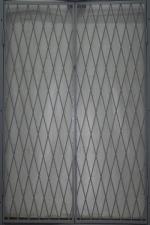 Решетка входная дверь