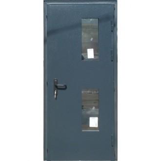 Техническая дверь с двойным остеклением и порогом из нержавеющей стали